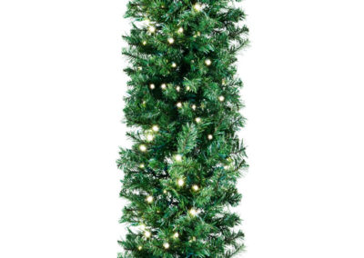 Deluxe lighted garland